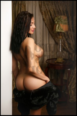 Marie-sylvaine nuru massage in Cottonwood Heights