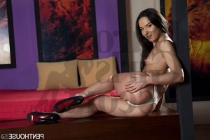 Arlete nuru massage in Live Oak