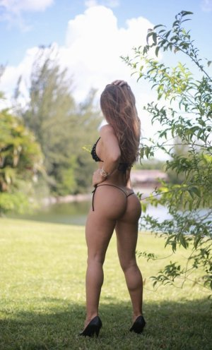 Aoua erotic massage in West Sacramento